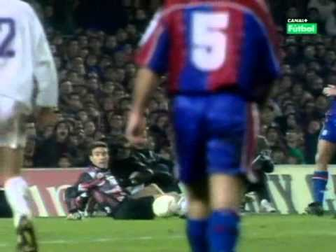 Michael Laudrup No Look Pass