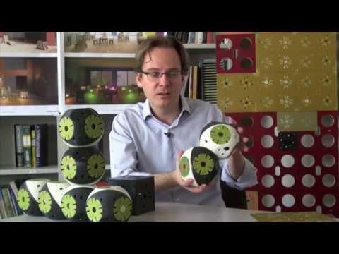 Roboti mobili care se transformă în mobilier, Roombots