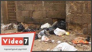 بالفيديو.. أكوام القمامة وجثث القطط الميتة تحاصر مسجد سيدى المرزوقى بالجمالية