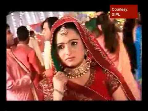 Dandiya with silver screen's Gopi, Rashi & Jigar