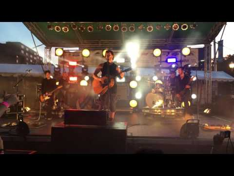 "Third Eye Blind ""Young Americans"" and ""Heroes"" at Stamford, CT Alive@Five July 21, 2016"