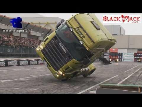 Scania tır ile güzel şov