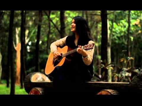 download lagu Terlalu Lama Sendiri - Kunto Aji Acousti gratis