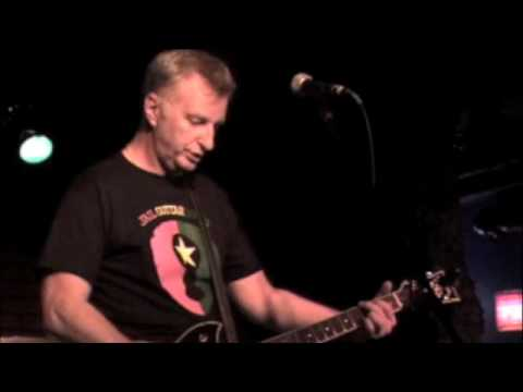 Billy Bragg - Old Clash Fan Fight Song