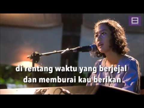 Frau   Sepasang Kekasih yang Pertama Bercinta di Luar Angkasa Video Lirik