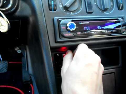 Mercedes Benz w202 Subwoofer MTX Road Thunder