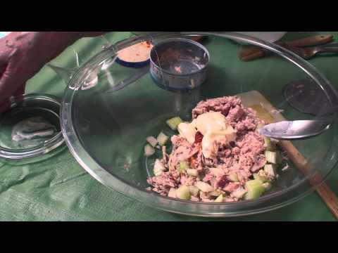 Feed Me Bubbe Episode 37 Tuna Wraps