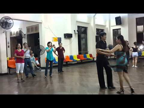 Rumba lop4 b2 thay Quy & co Linh.
