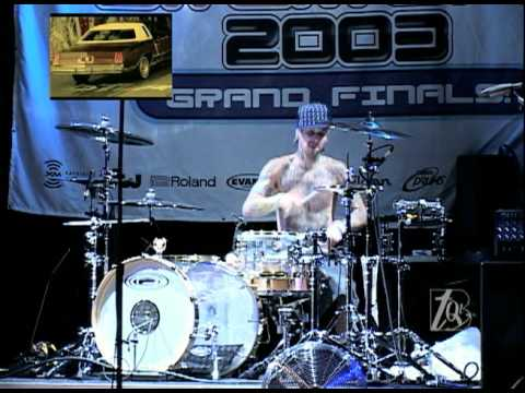 Travis Barker Drum Solo  At Guitar Center s Drum Off' 03  Extra Clips On The Side video