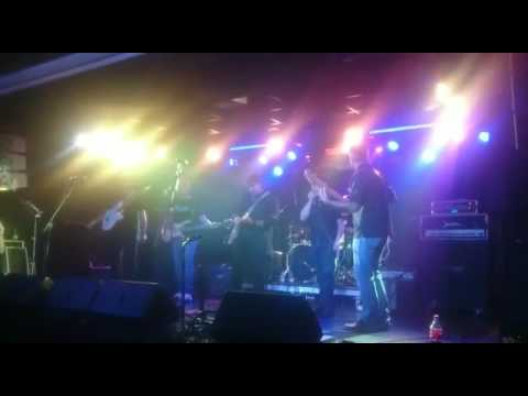 Fortunate Son cover by Última Instancia Rock 🎸 Sala Garage Beat 24 junio 2017
