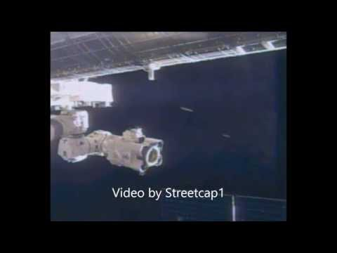 Two objects appear at ISS.