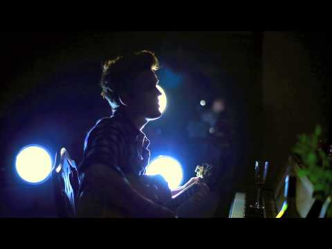 Tom Petty - I Won't Back Down (Tyler Hilton acoustic cover)