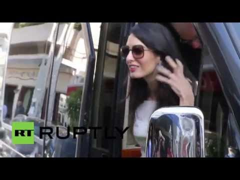 Greece: Amal Alamuddin stops by Athens restaurant
