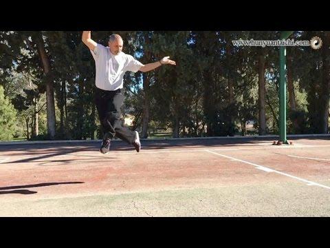 Potencia Explosiva Del Tai Chi Chuan Vista En Cámara Lenta video