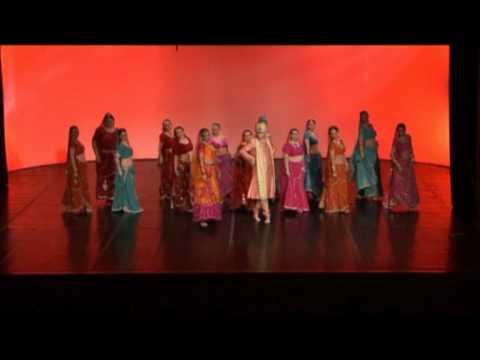 Bole chudiyan Bollywood dance