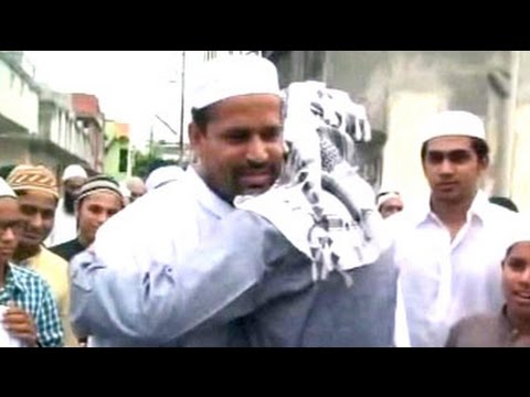 Pathan Brothers Celebrate Eid At Hometown Baroda video