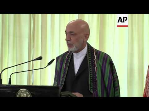 Karzai urges Pakistan PM to organise peace talks with Taliban