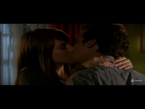Amy & Ricky Kissing Scene