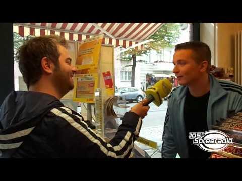 Der Schweizer von 105'5 Spreeradio besucht WWM-Kandidat Aaron Troschke