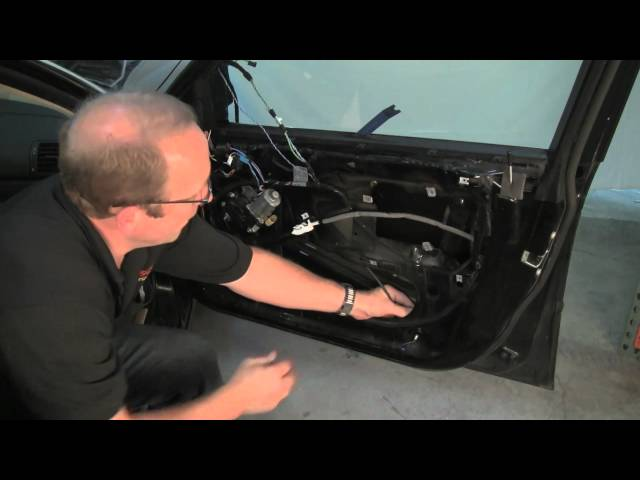 Removing BMW Door Panel & Replacing Window Regulator - YouTube