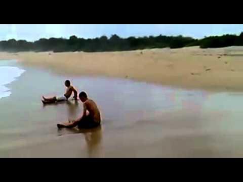 Misteri gilanya 3 remaja Jati Kramat di pantai Ujung Genteng. Sukabumi