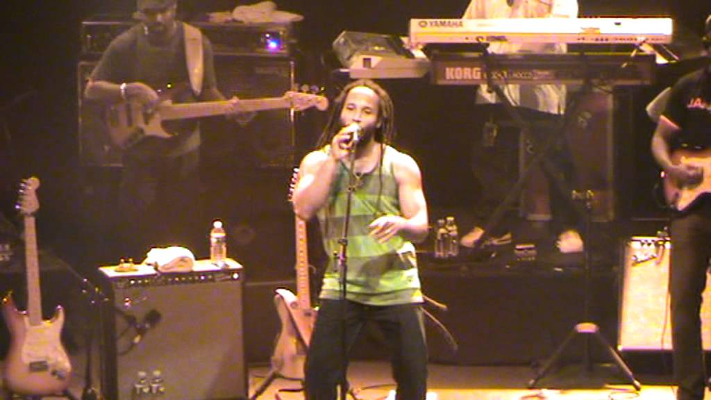 Ziggy Marley - Tomorrow people (Live Paris la Cigale 2011) - YouTube