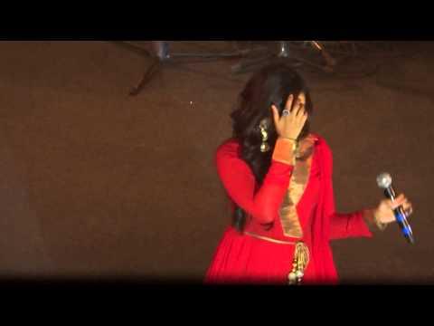 Shreya Ghoshal Live In Hyderabad - Nainon Me Sajna (himmatwala) video