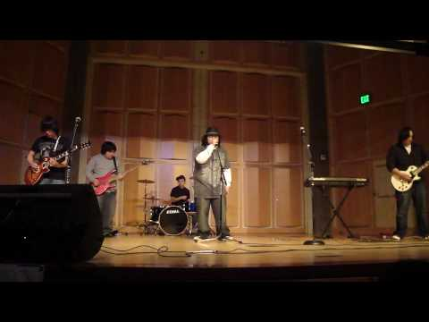 Daytime Lanterns - Sex On Fire (Kings Of Leon cover) UC Merced Hmong Culture Night