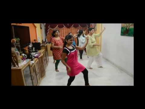 Chikni Kamar video