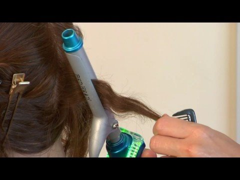 Basic Haircare & Hairstyles : How to Get Crimped Hair Without a Crimper
