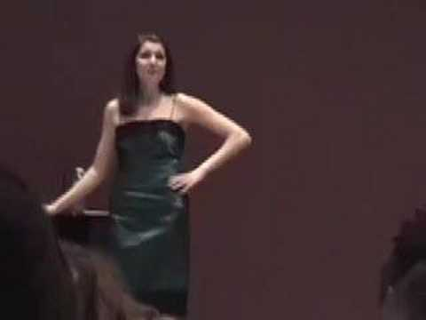 Marla Mindelle, HERE I AM- fierce musical theatre belting