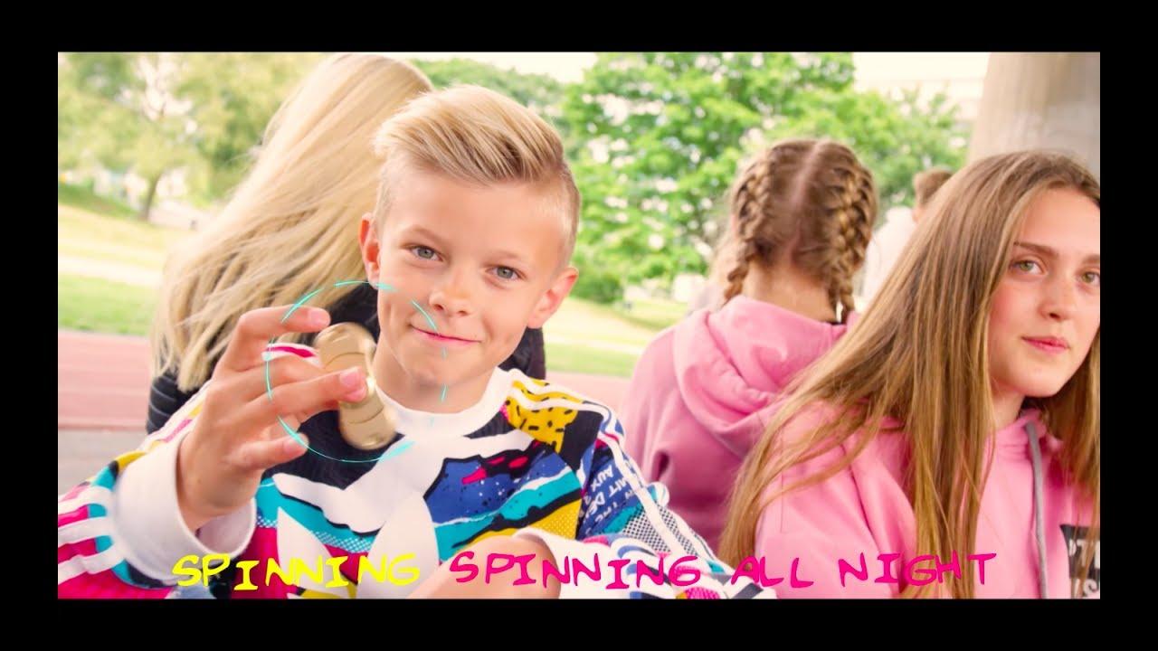 Emoj - Spin It (The Fidget Song)