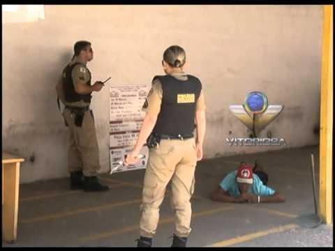 Dois homens são detidos após briga com uso de faca, no Centro de Uberlândia