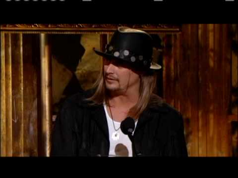 Kid Rock inducts Lynyrd Skynyrd 2006