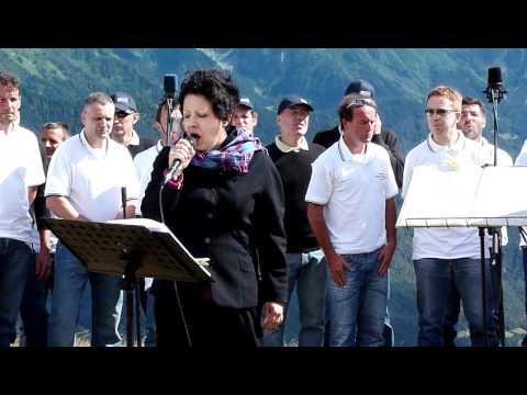 Signore delle cime – Antonella Ruggiero & Coro Valle dei Laghi & Corale San Barnaba di Bondo
