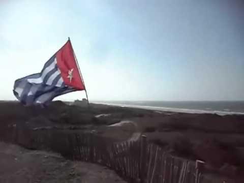 West Papua Reggae - Woujoo ( Koteka Band ) video