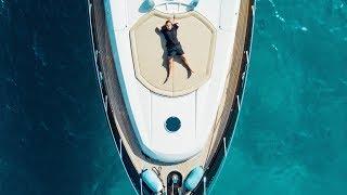 download lagu The Martin Garrix Show: S2.e9 Ibiza gratis
