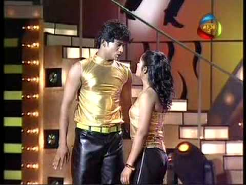 Pradeep & Anjali In Dance Sangram video