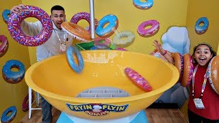 GIANT FRYIN FLYIN DOUNUTS NEW TOY CHALLENGE GAME | Famtastic