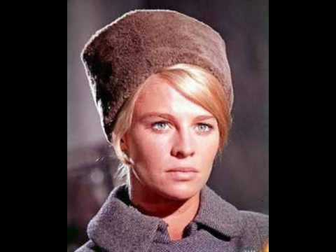 Tyros 3 - Lara's theme (la chanson de Lara - Docteur Zhivago) Music Videos