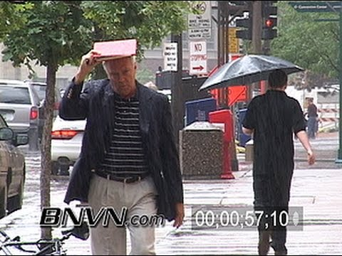 7/30/2004 Video of people caught in the rain
