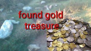 Finding gold treasure at River.