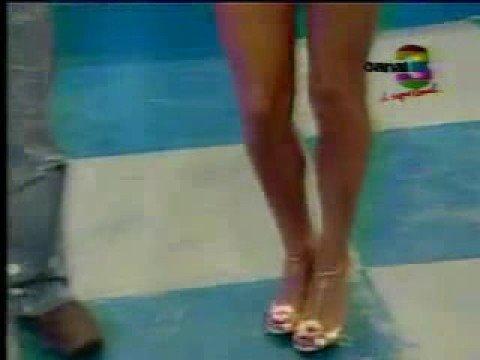 Aida Estrada en Shorts