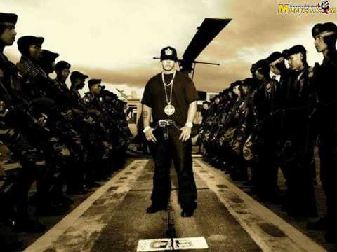 Daddy Yankee - Plane To Pr (Feat. Will.I.Am)