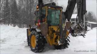 Volvo BM EL70C Get Stuck In The Snow