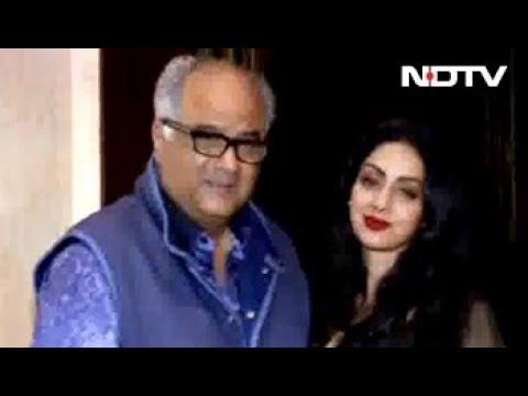 Rekha, Aishwarya, Karan & Other Stars At Sridevi's Birthday Bash