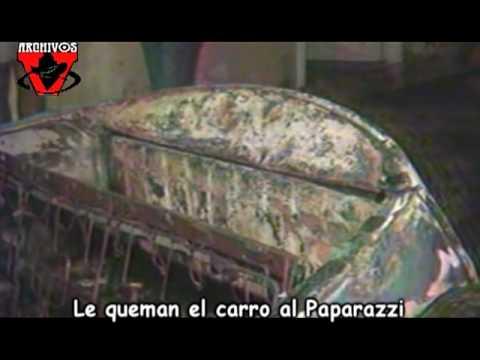 Le queman el carro al Paparazzi