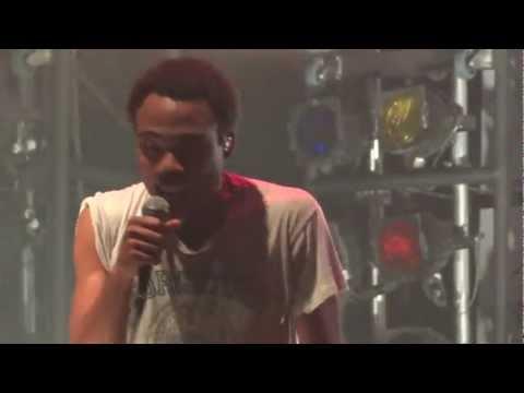 "Childish Gambino - ""Heartbeat"" (Live in Los Angeles 11-12-11)"