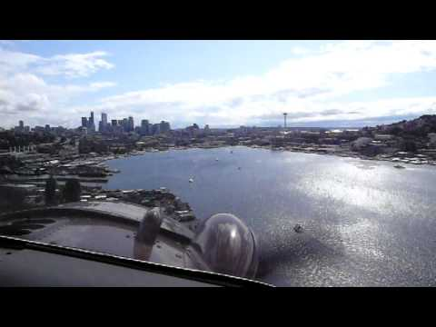 Floatplane landing in Seattle wa.
