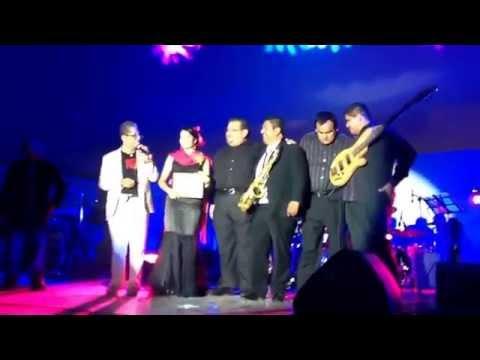 Entrega de reconocimiento festival de la matanza tehuacan,puebla 2014 oropiña latín jazz
